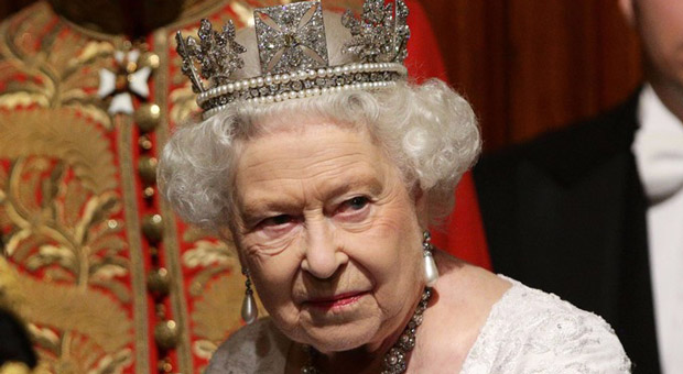 Revealed: Queen's Leaked Speech That Warns Public To Prepare For WW3