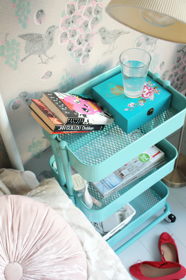 home-hacks-ikea-bedside-trolley