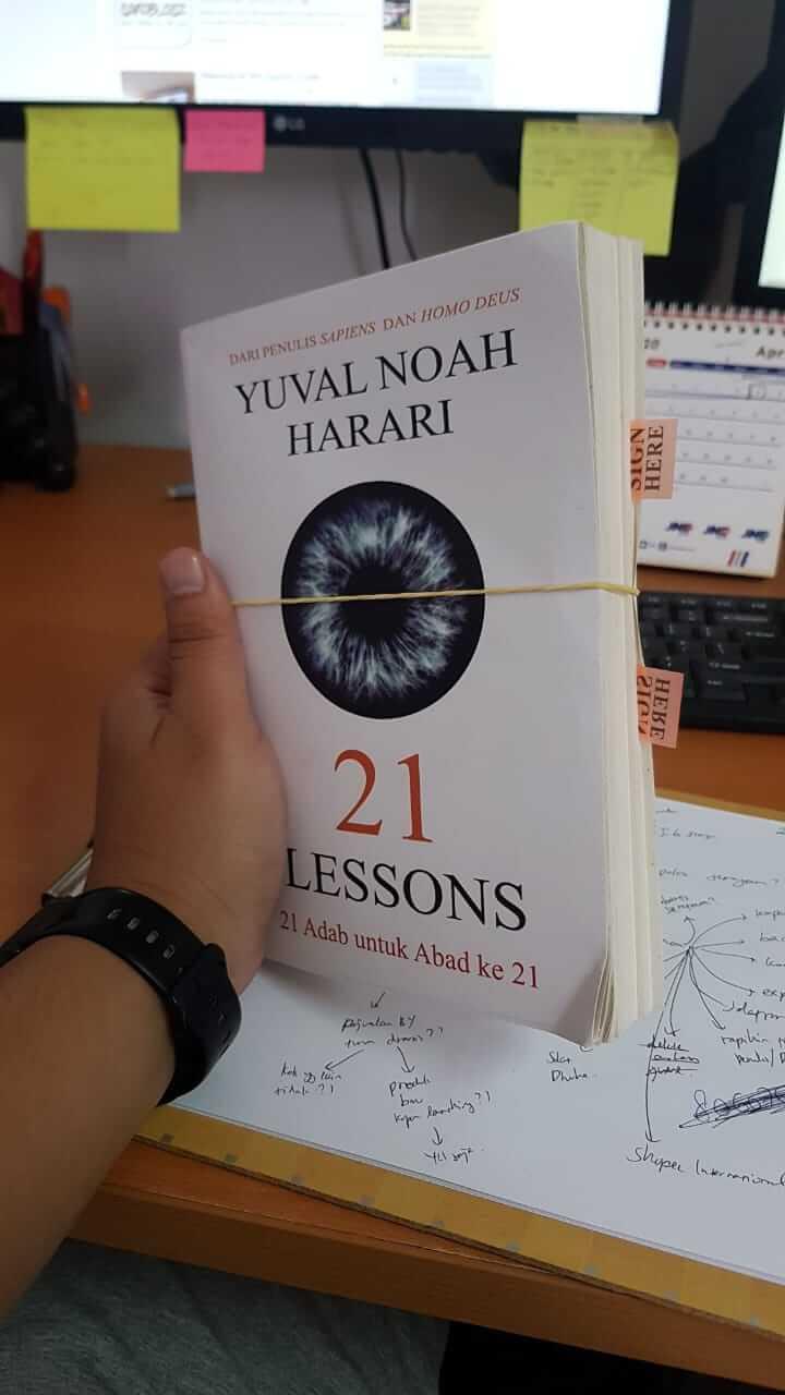 Buku 21 Lessons Yuval Noah Harari