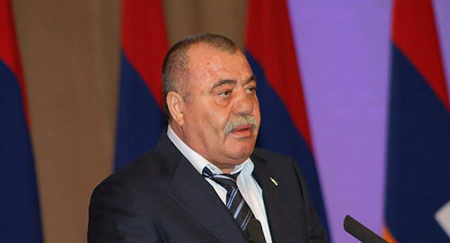 Parlamento saca a Manvel Grigoryan la inmunidad judicial