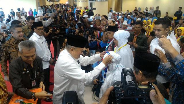 Alex Noerdi Lanching Penerbangan Perdana Palembang - Jeddah
