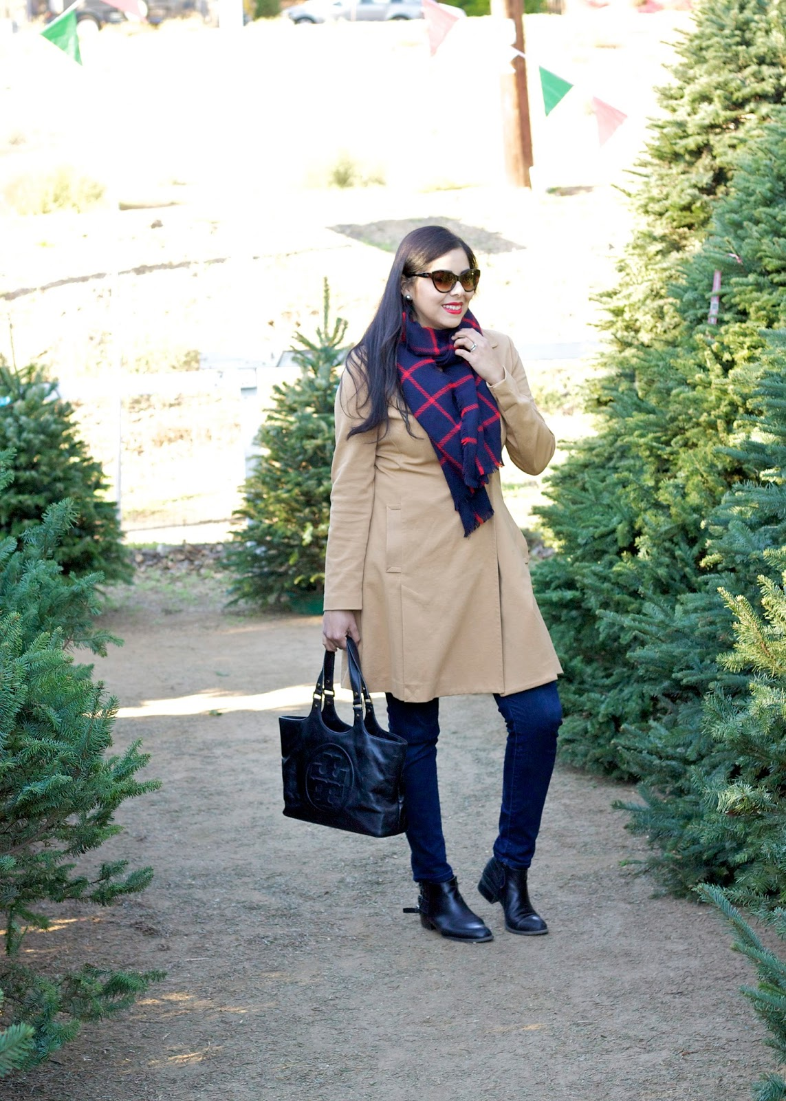 What to wear Christmas Tree Shopping, Casual Holiday Look, Casual Holiday outfit, San Diego Fashion Blogger, San Diego style blogger