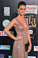 Lerisa Bonisa in a Sleeveless Deep neck Golden Gown ~  Exclusive 004.JPG