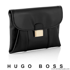 Queen Letizia carried Hugo Boss fanila clutch