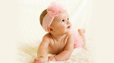 Baby's Development Age 5 Months