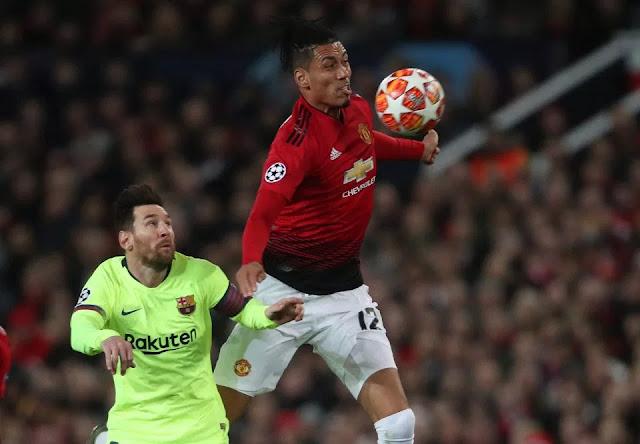 Smalling tiết lộ thái độ bất ngờ của Messi