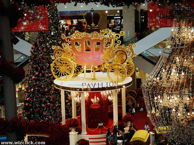 Crystal Carriage for Pavilion Mall's Bedazzling Christmas Theme