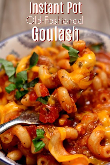 INSTANT POT OLD-FASHIONED GOULASH