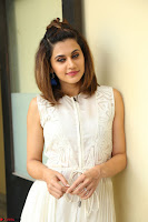 Taapsee Pannu in cream Sleeveless Kurti and Leggings at interview about Anando hma ~  Exclusive Celebrities Galleries 022.JPG