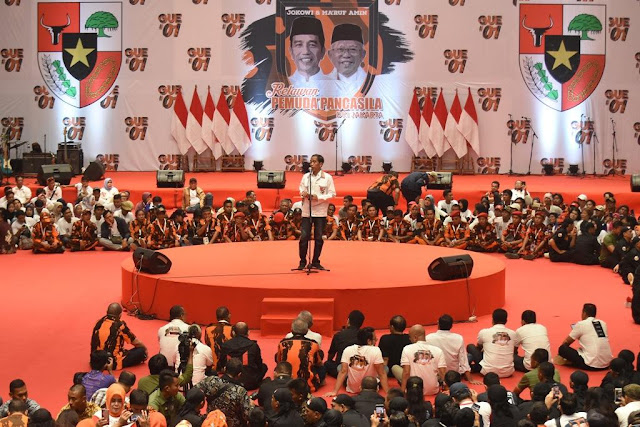 Sebut Ingin Ganti Pancasila Berhadapan Pemuda Pancasila, Jokowi Benturkan Antar Warga