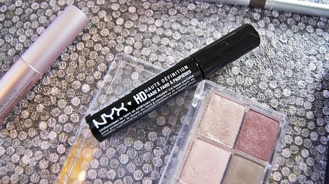 NYX High Definition Eye Shadow Base