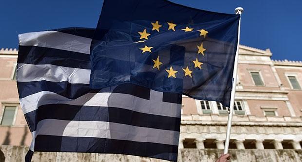 Συμφωνία - γέφυρα έως το τέλος του μήνα διεκδικεί η Αθήνα