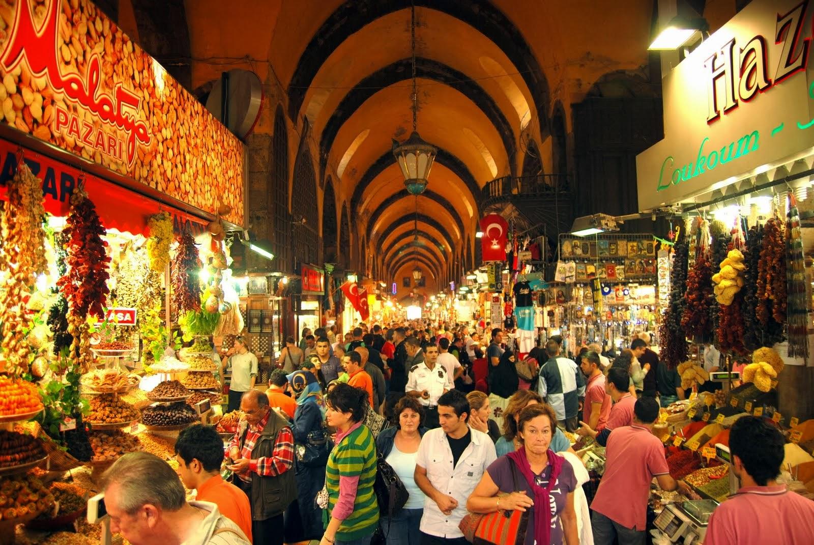 نتيجة بحث الصور عن 1. Eminönü Egyptian Spice Bazaar