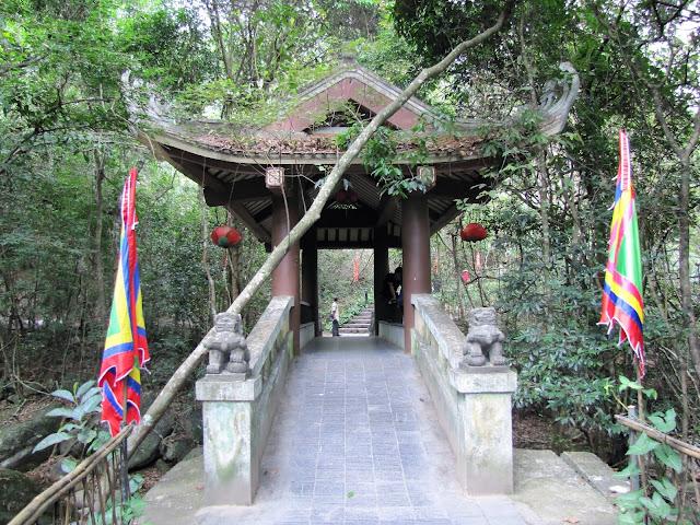 giai oan bridge yen tu vietnam