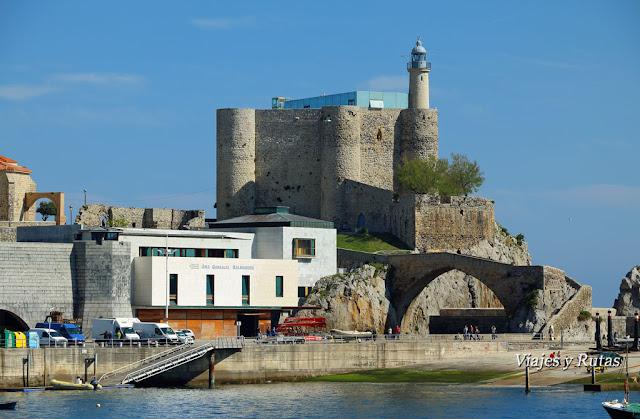 Castillo-Faro de Castro Urdiales