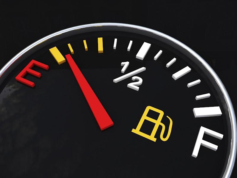 Fakta Yang Perlu Kita Tahu Bila Simbol Minyak Kereta E