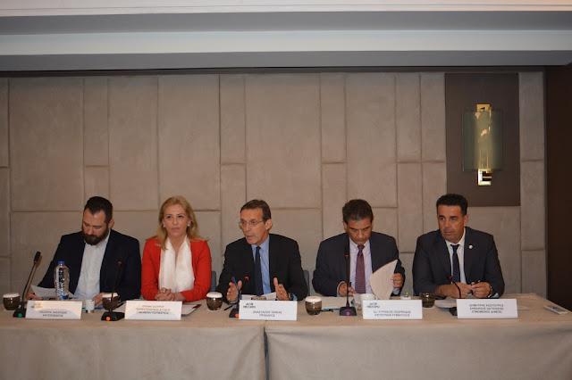 Ο Δημαρχος Ναυπλιέων Δημήτρης Κωστούρος στη συνεντευξη τύπου για την έκθεση «Greek Travel Show 2017»