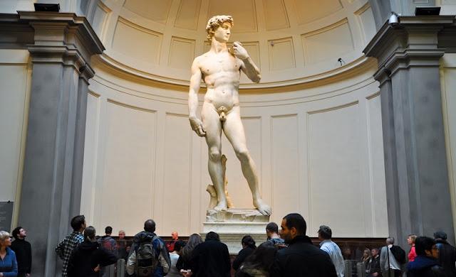 Sobre a obra de arte David em Florença