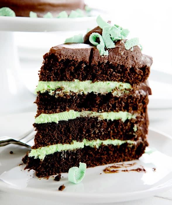 MINT CHOCOLATE CHIP CAKE #dessert #healthy