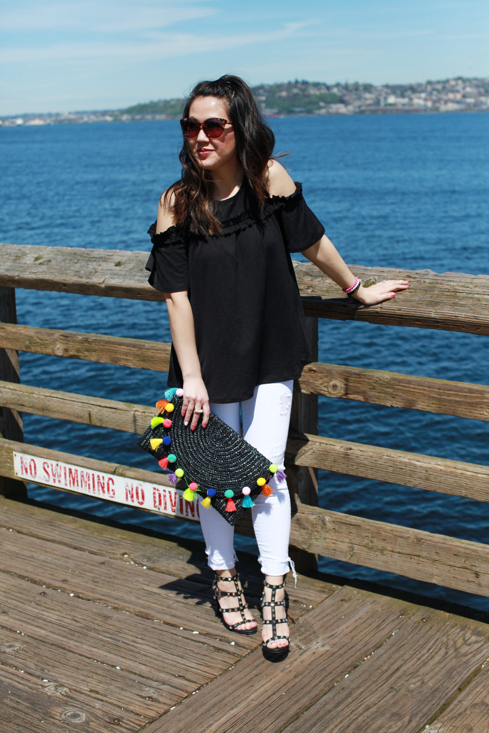 Spring basics and trends - cold shoulder top and pom pom bag
