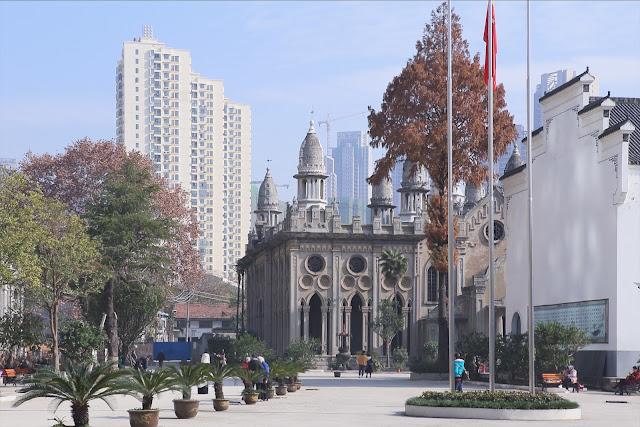 融匯多元文化,有著輝煌建築的美麗佛寺|古德寺