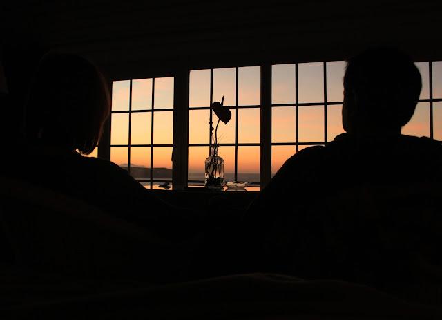 Amor y puesta de sol