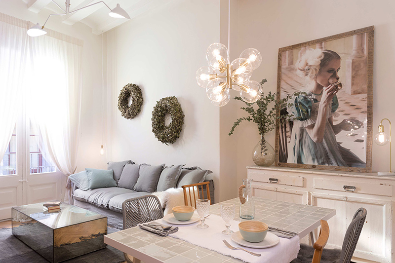 A girly apartment by Marta Castellano