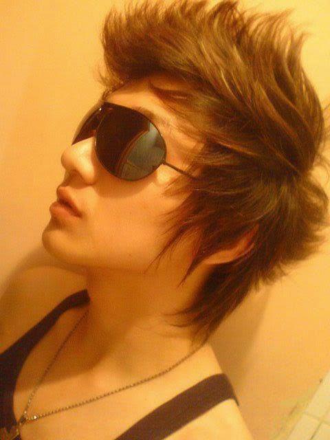 Potong Rambut Pria Paling Keren