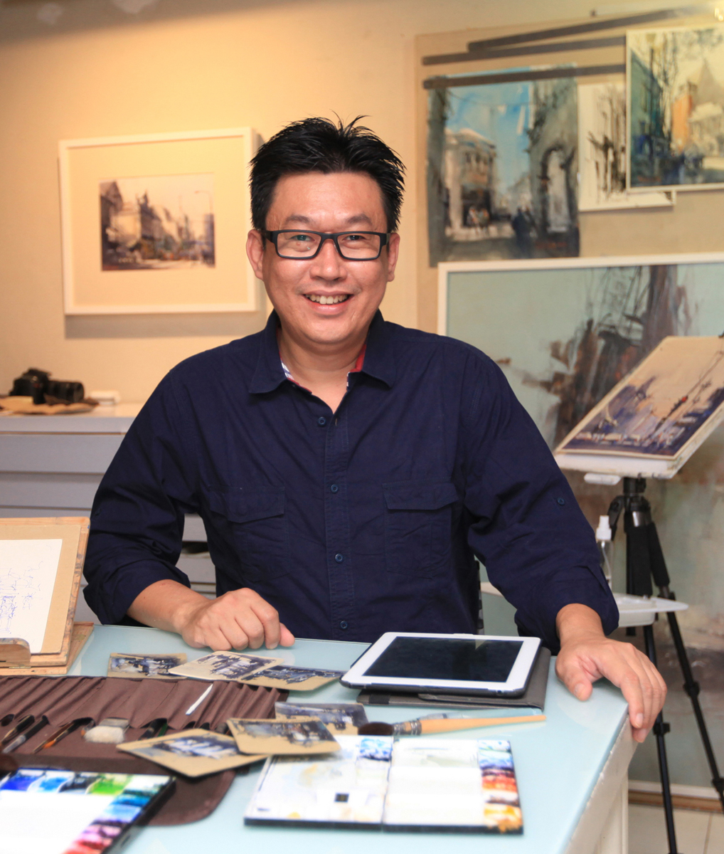 LK BING Surabaya Indonesia Is Graduated In Architecture From Petra Christian University When He Was Still A Student Taught His