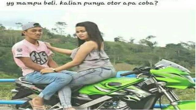 Posting Pose Menantang di Atas Motor, Wanita Ini Di Bully , Gara-gara Tulis Status Ini di Facebooknya