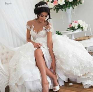 https://www.dressywomen.com/elegant-a-line-scoop-short-sleeves-court-train-wedding-dress-with-appliques.html
