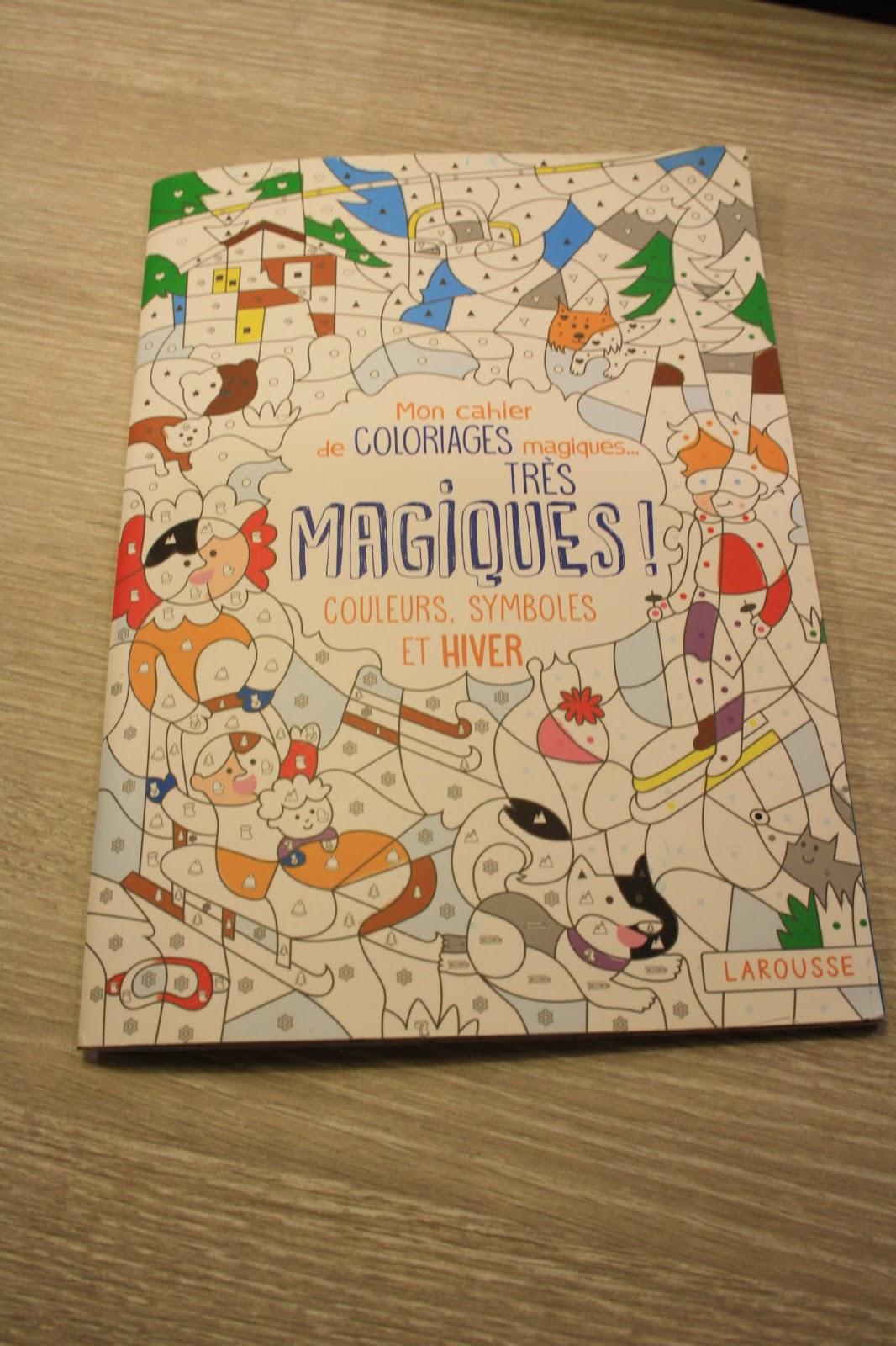 activit manuelle mon cahier de coloriage magiques tr s magiques mvwm ma vie de. Black Bedroom Furniture Sets. Home Design Ideas