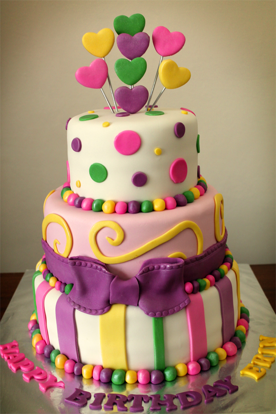 Delana S Cakes 3 Tier Dots Amp Stripes Birthday Cake