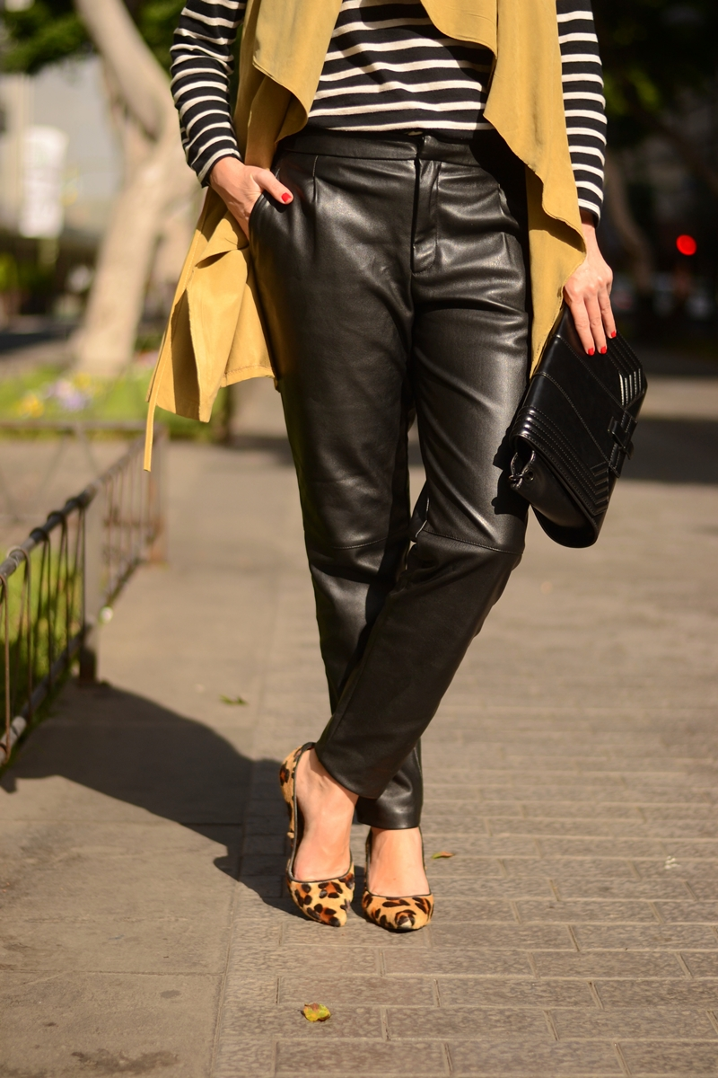 leather-trousers-outfit-street-style