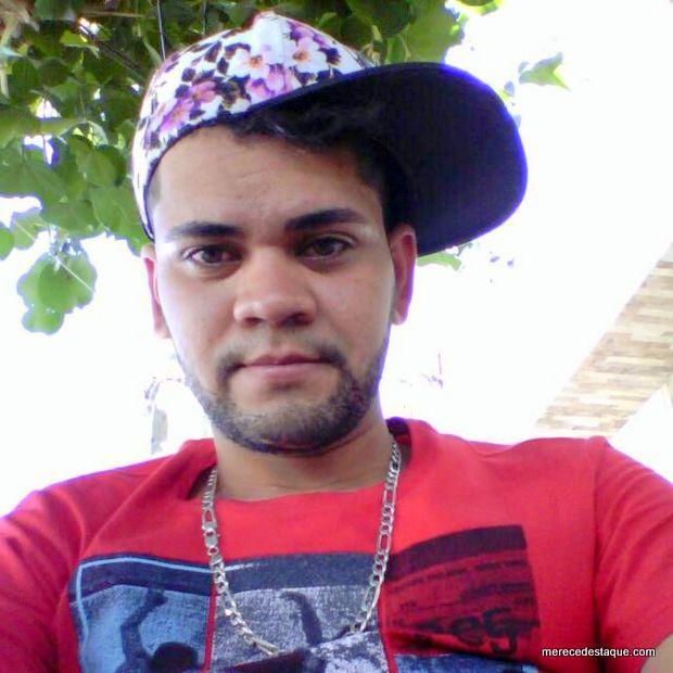Jovem assassinado em São Domingos pode ter sido morto por engano, diz polícia