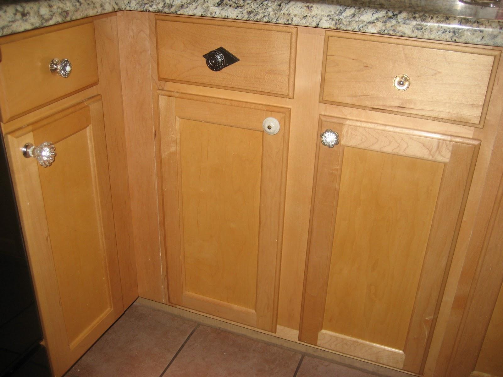Kitchen Cabinet Door Knobs Sale Door And Furniture Hardware