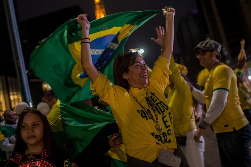Comunidade Brasileira nos EUA comemora vitória de Bolsonaro