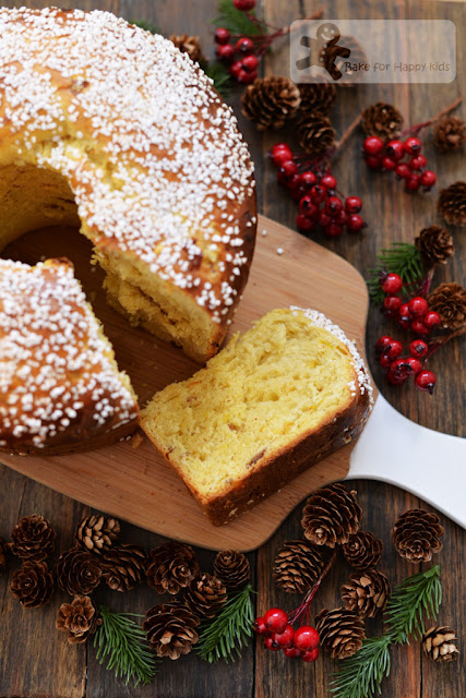 saffron panettone crushed pearl sugar topping