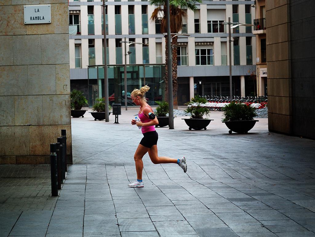 Jogging in La Rambla, Barcelona