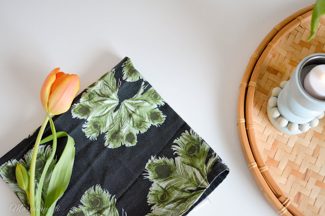 tulppaani kevät sisustus kukka keittiö skandinaavinen koti