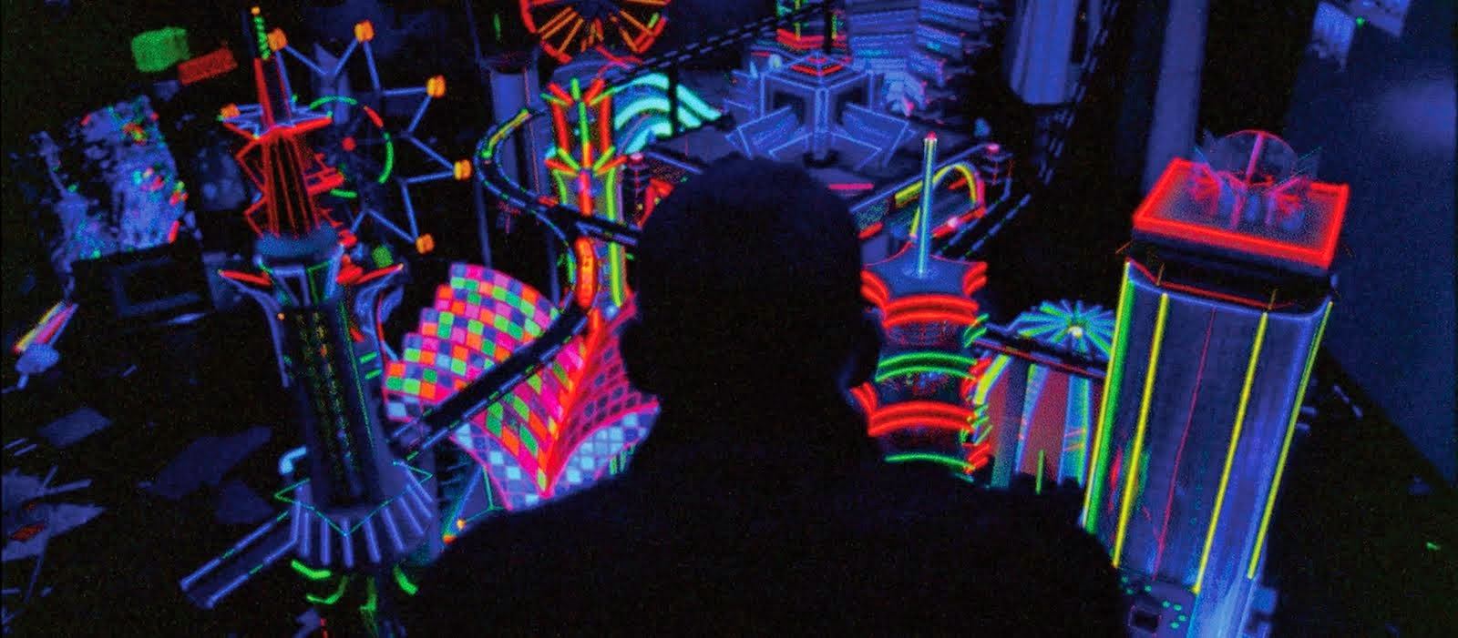 The Movie Sleuth: Featured Review: Enter The Void