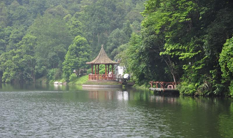 Phong cảnh khu du lịch Thiên Sơn Suối Ngà