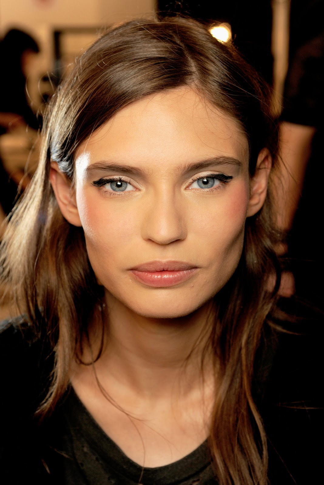 12 Models with Prominent Cheekbones - The Front Row View