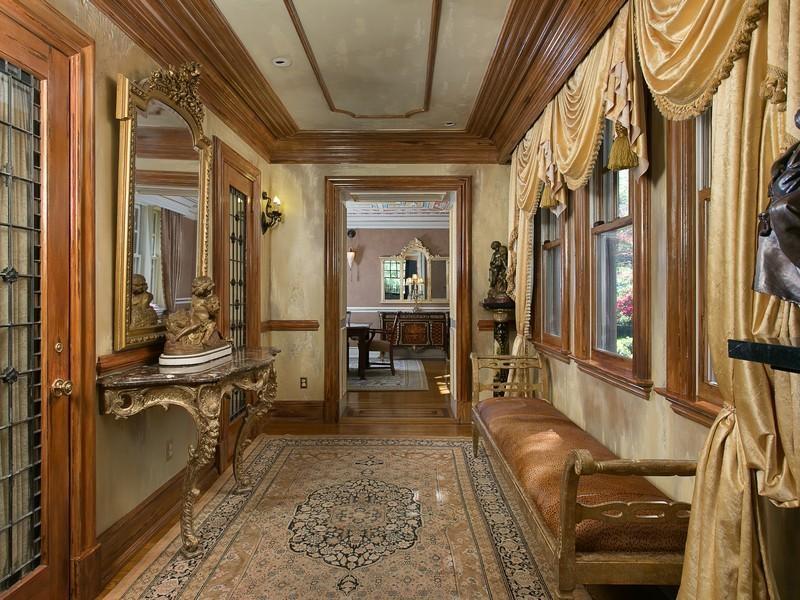 Old World Gothic And Victorian Interior Design