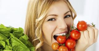 cara mengencangkan wajah secara alami nutrisi cukup