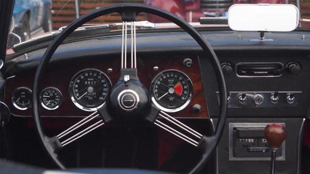 Δίπλωμα οδήγησης: Ο κορονοϊός αλλάζει τα πάντα σε μαθήματα και εξετάσεις