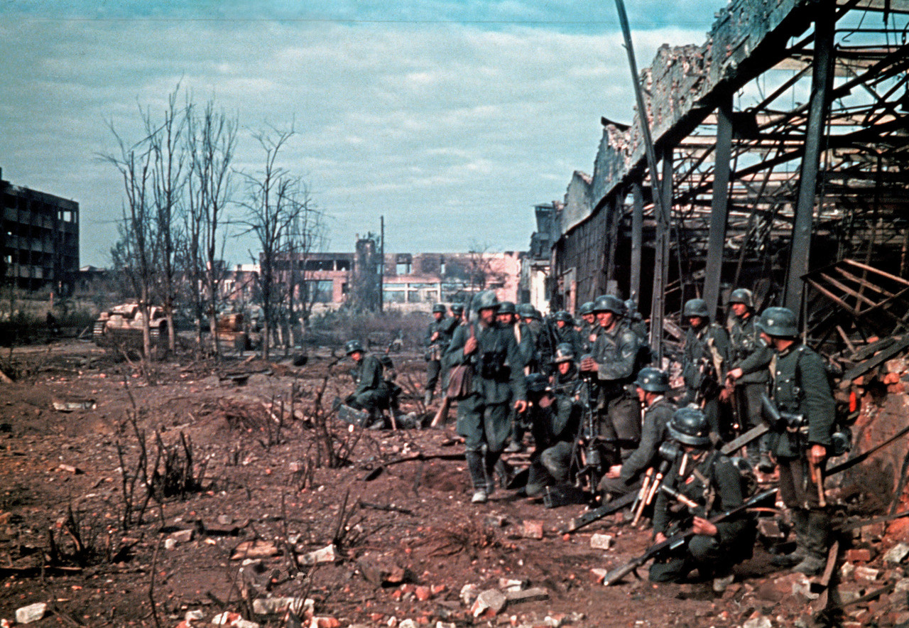 Preparing for an assault on a warehouse in Stalingrad, most likely in the later part of 1942.
