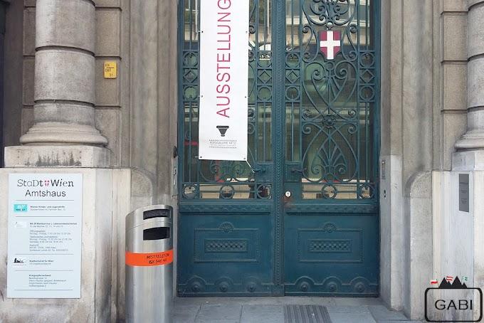 Przeboje meldunkowe w Austrii