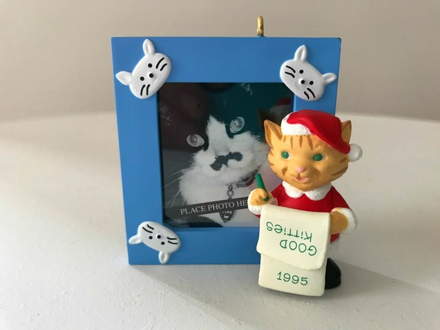 Hallmark Keepsake Ornament Special Cat Photo Holder 1995 Good Kitties Original Box