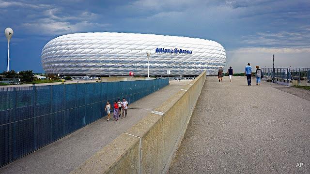 Allianz Arena przypomina wyglądem olbrzymie UFO